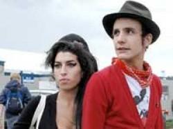 Amy Winehouse Secretly Date Ex Hubby