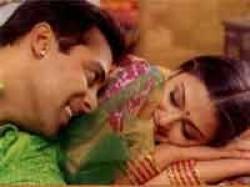Aishwarya Clapped For Salman