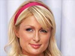 Paris Hilton Wants Back Her Blackberry