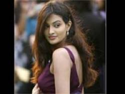 Sayali Bhagat Injured