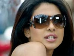 Priyanka Chopra Gets Nose Surgery Being Human