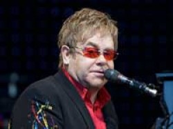 Elton John Would Give Up Knighthood For Oscar