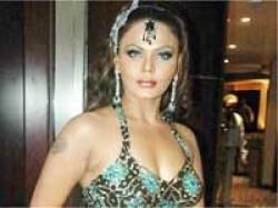 Case Registered Against Rakhi Sawant