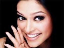 Deepika Padukone Salman Khan Ladies Gentlemen Aid