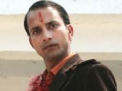 Deepak Dobriyal In Teen The Bhai Aid
