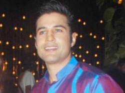 I Want Be Director Rajeev Khandelwal Aid