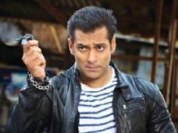 Exclusive Interview Salman Khan Ready Aid