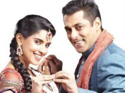 Salman Khan Handsome Actor Asin Ready Aid