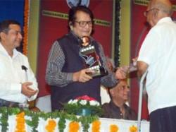 Lokpal Bill Manoj Kumar Bollywood Aid