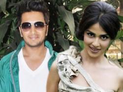 Ritesh Genelia Bollywood Aid