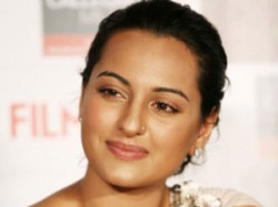 Sonakshi Will Do Race2 Aid