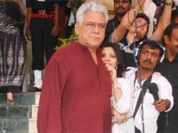 Anna Hazare Mumbai Where Is Bollywood Aid
