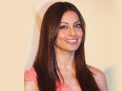 Bipasha Basu Fine With Multi Starrers Aid