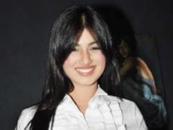 Vijay Mallya Apologise Ayesha Takia Natasha Kingfisher Aid