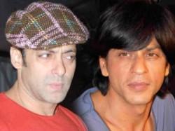 Salman Khan Shahrukh Khan Ghanta Award Ready Ra One Aid