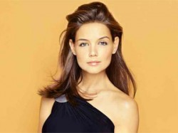 Katie Holmes Is Playing Single Mother In Molly