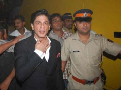 Shahrukh Khan Charged For Smoking Ipl