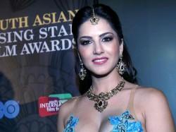 Ekta Kapoor Bhushan Patel Sunny Leone Ragini Mms