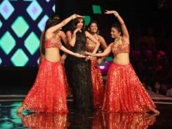 Indias Got Talent Finale Shahrukh Khan Malaika Dance