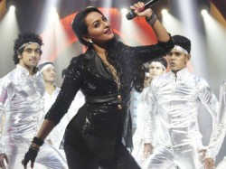 Sonakshi Sinha Do Moon Walk Her Item Song