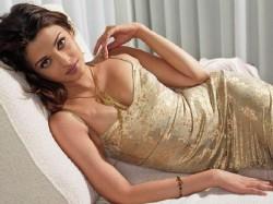 Aishwarya Rai In Her Hottest Sensual Avtars
