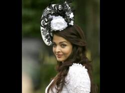 Pics Aishwarya Rai Looks Gorgeous At Royal Ascot Race