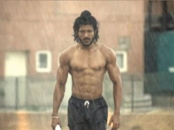 Bhaag Milkha Bhaag Rakes Over Half Million Dollars Us