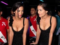 Poonam Pandey Proud On Her Nudity