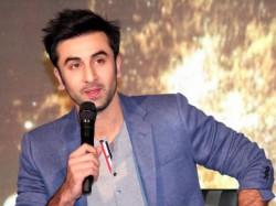 Ranbir Kapoor Charged 15 Crore Roy Worried Fans
