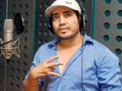 Singer Mika Singh Turns Producer Actor Balwinder Singh Famous Ho Gaya