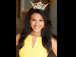 Indian American Nina Davuluri Crowned Miss America