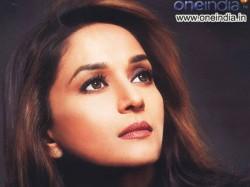 Bollywood Celebrities Pray Phailin Victim