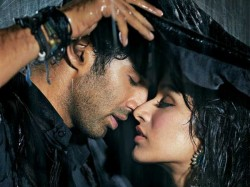 Aditya Roy Kapoor Not Dating Shraddha Kapoor