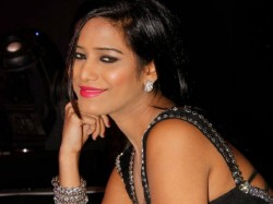 Poonam Pandey Website Hacked Pro Pak Message Posted
