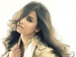 Vidya Balan Finds Shahrukh Khan Very Charming