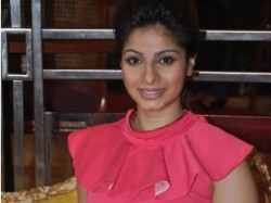 Tanisha Mukherjee S Official Facebook Page Launched Why
