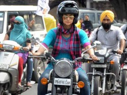 Gul Panag Walks Jogs Rides Mobike Chandigarh Lok Sabha Election 2014 Lse