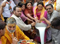 Dharmendra Will Join Me Mathura Next Week Hema Malini Lse