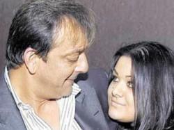 Maanayata Supports Trishala S Hair Extension Line