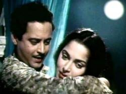 Birthday Girl Waheeda Rahman S First Love Is Filmmaker Actor Guru Dutt