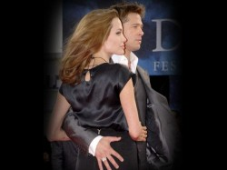 Angelina Jolie Talks Brad Pitt Wedding There Are No Plans Get Married Moment