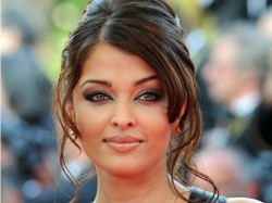 Bollywood Actresses Who Should Make Comeback 305926 Pg