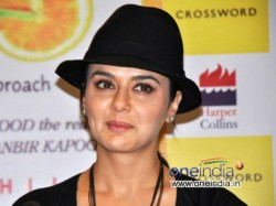 Did Not File Case Against Ness Wadia Publicity Or Money Preity Zinta Facebook