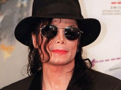 Michael Jackson S A Place With No Name Video Makes Twitter History