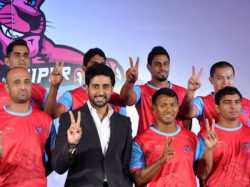See Pics Abhishek Bachchan Owns Kabaddi Team 315574 Pg