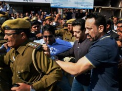 Salman Khan Also Infected From Swine Flue Virus