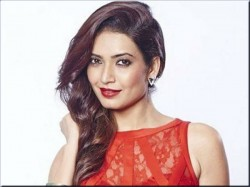 Karishma Tanna Ready With Her New Film Tina And Lolo Release