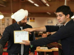 Sunny Deol Rejects Three Film Offer From Aditya Chopra For His Son