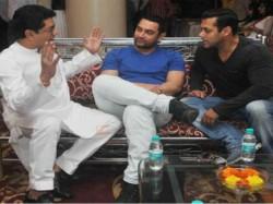 Aamir Khan Salman Khan Farhan Akhtar Attend Mumbai Development Meet