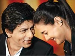 Shahrukh Khan Shares Romantic Tip For Female Fans